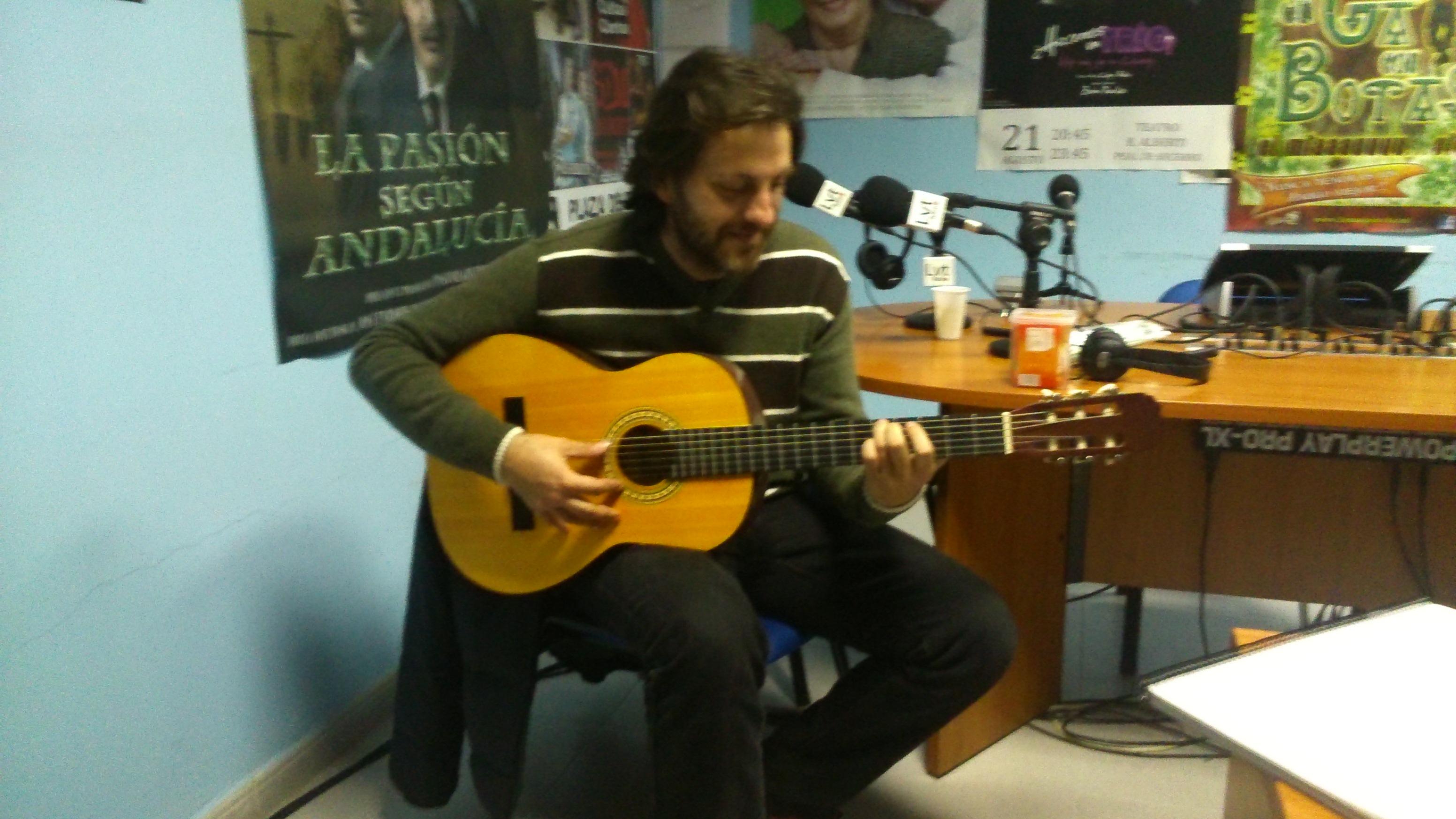Eugenio Roa en el Estudio Azul